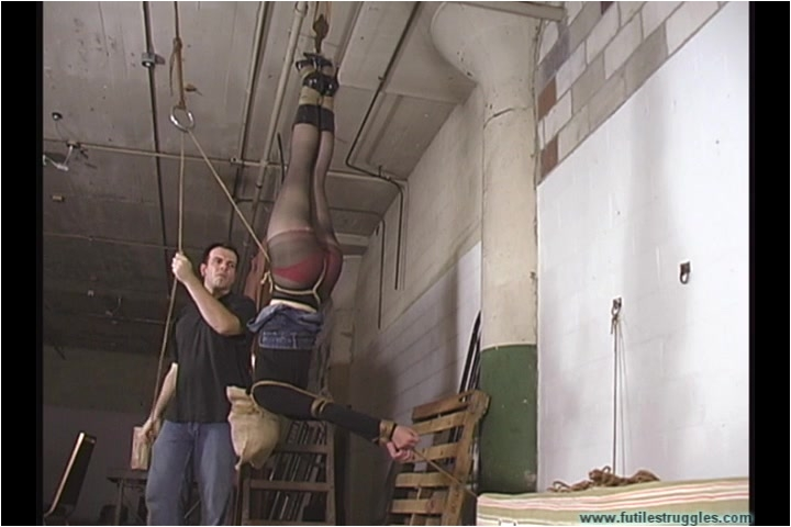 [Image: BDSM_-_Eden_Hung_-_Part_1.mp4._3_.001.jpg]