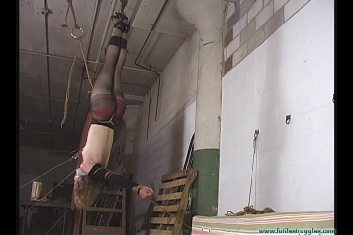 [Image: BDSM_-_Eden_Hung_-_Part_2.mp4._1_.001.jpg]