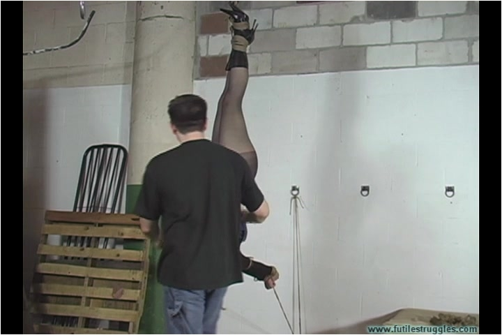[Image: BDSM_-_Eden_Hung_-_Part_1.mp4._2_.001.jpg]