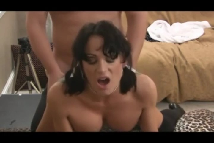 [Image: MILF-Daphne-Blowjob-and-first-Anal.mp4_s...36.083.jpg]