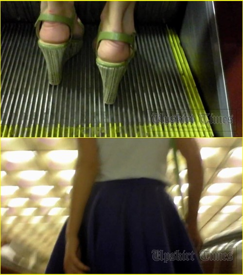 Up-skirt-videos_d004_cover_m.jpg
