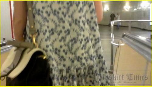 Up-skirt-videos_d030_cover_m.jpg