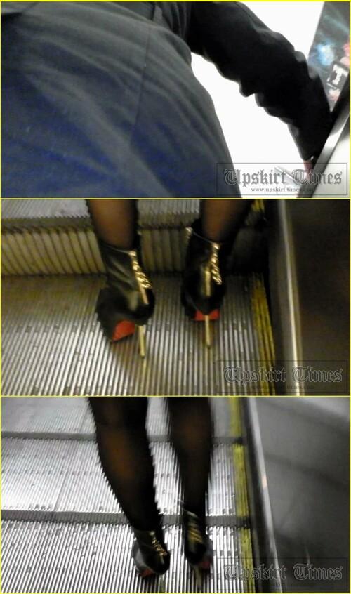 Up-skirt-videos_d037_cover_m.jpg