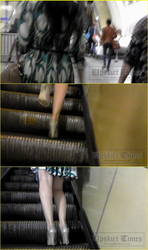 Up-skirt-videos_d072_cover_m.jpg