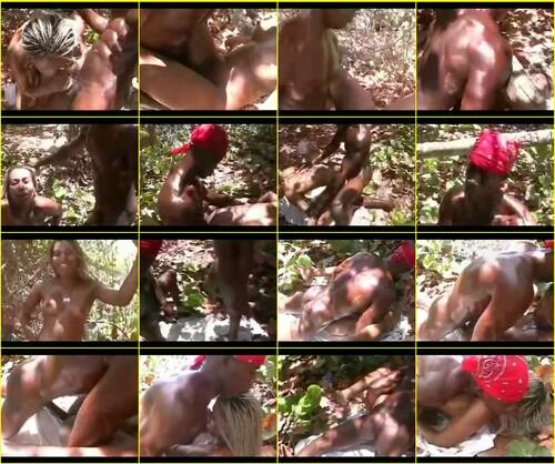 Black-in-girls_e064_thumb_m.jpg