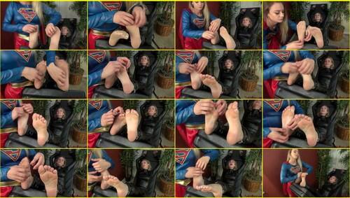 Tickling_e042_thumb_m.jpg