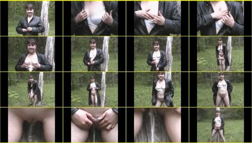 Pee-girl_e025_thumb_m.jpg
