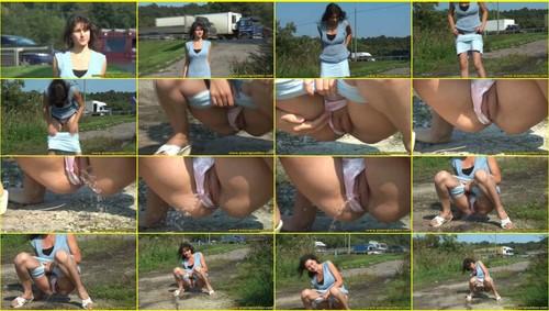 Candid-Girls-outdoor_e045_thumb_m.jpg
