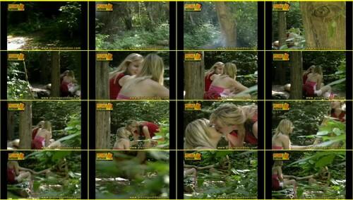Candid-Girls-outdoor_e047_thumb_m.jpg