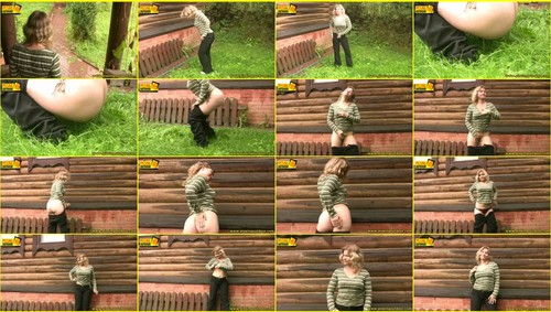 Candid-Girls-outdoor_e048_thumb_m.jpg