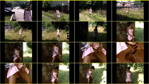 Candid-Girls-outdoor_e067_thumb_m.jpg