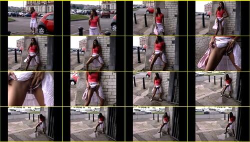 Candid-Girls-outdoor_e109_thumb_m.jpg