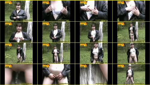 Candid-Girls-outdoor_e101_thumb_m.jpg