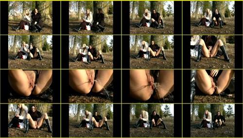 Candid-Girls-outdoor_e296_thumb_m.jpg