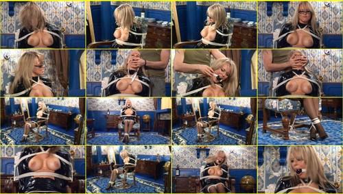 Girls-bondage_d011_thumb_m.jpg