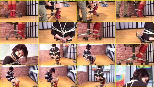 Girls-bondage_d069_thumb_m.jpg
