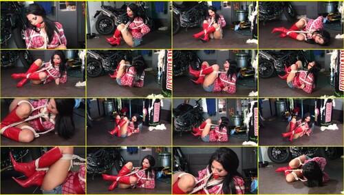 Girls-bondage_d048_thumb_m.jpg