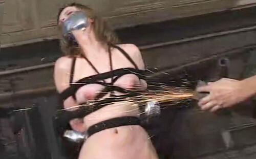 Insex---2001.06.06---Garage-Molly_m.jpg
