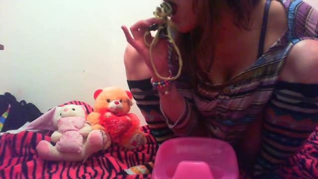 MessyPaula - Her Dirty Panties Tasts Sweet