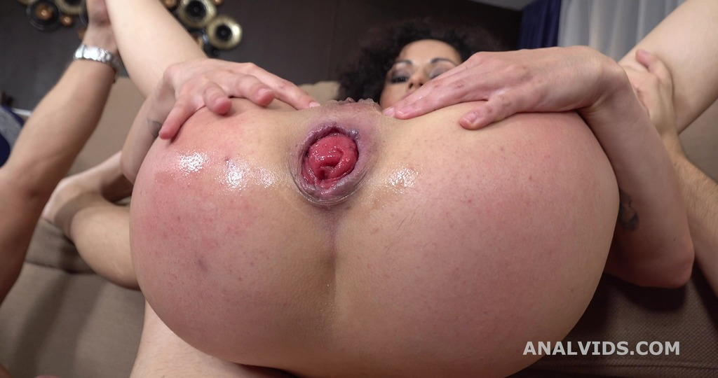 LegalPorno - Giorgio Grandi - Russian Rose, Stacy Bloom 2on1 Balls Deep Anal, DAP, Gapes, ButtRose and Swallow GL298