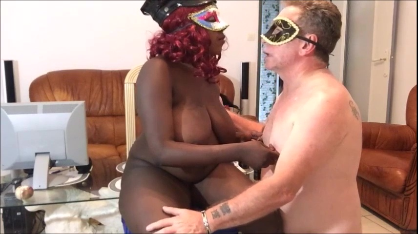 MISTRESS-PERVERSE - I spit and piss on the slave