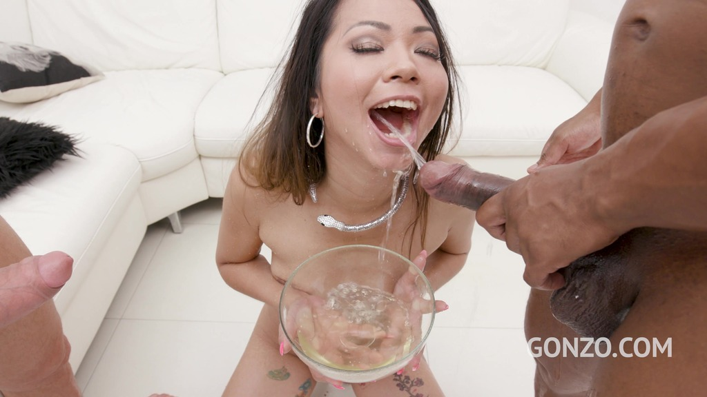 LegalPorno - Gonzo_com - Asian slut Jureka Del Mar returns to Gonzo to drink huge bowl of piss and cum cocktail SZ2551