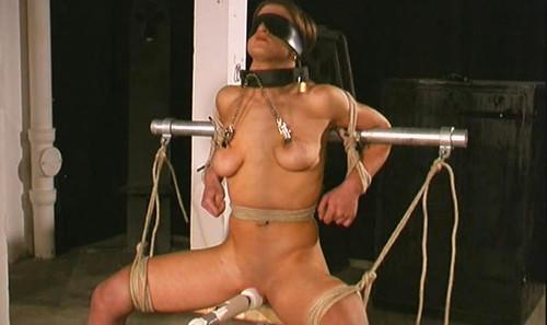 Forced-Orgasm-Torture-for-Katharina-tx487_m.jpg