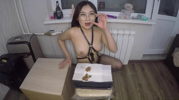 asiansteppe - Making a nice portion of scat for dinner