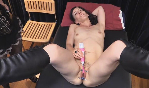 BL---Steelwerks-Toys---Elise-Gets-Clamped-Part-One_m.jpg