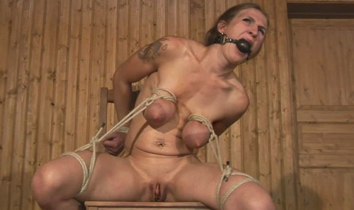 Cruel-Breast-Predicament-for-Katharina---bip206_m.jpg