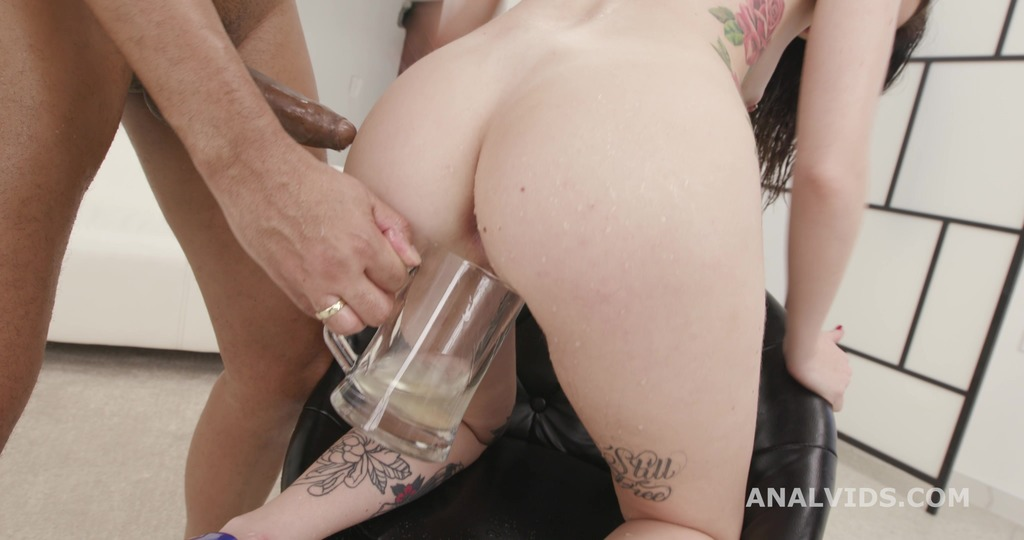 LegalPorno - Giorgio Grandi - 2on1 DP with BBC and Pee Drink for Giada Shg, Balls Deep Anal and DP, Gapes, ATM and Swallow GIO1656