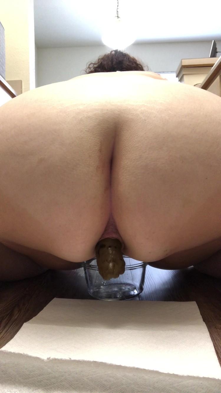 BBWscatqueen - Big poop and strong pee