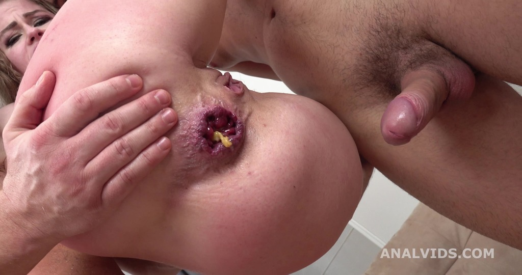 LegalPorno - Giorgio's Lab - Balls Deep, Sofy Lucky 4on1 with Anal, DP, Gapes, Buttrose and Swallow GL358