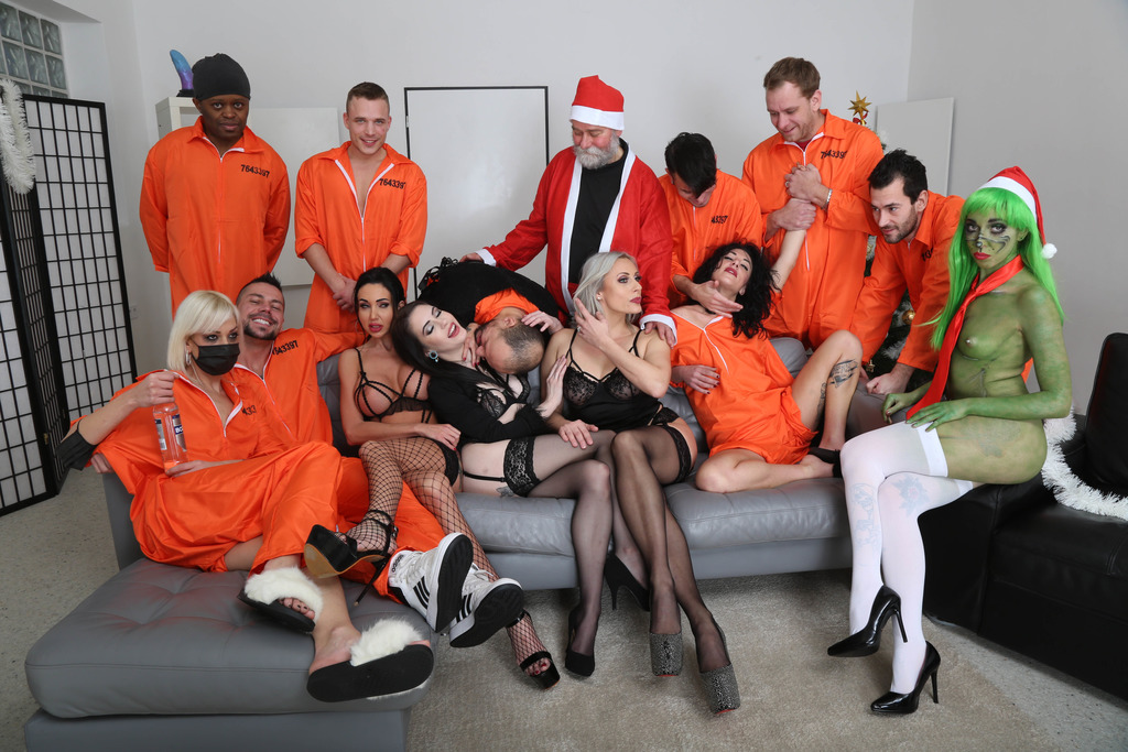LegalPorno - Giorgio Grandi - Fuck, this ain't normal christmas #1 dry, Mad House, Balls Deep Anal, DAP, Gapes, Squirt Drink, Buttrose and Creampie GIO1671