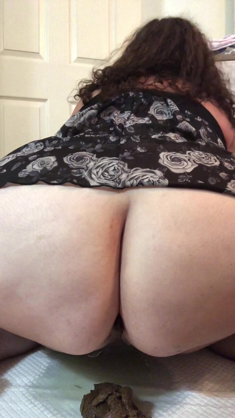 BBWscatqueen - Cumming and pooping