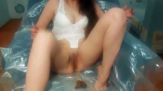 Solo masturbation and femal orgasm on public toilet