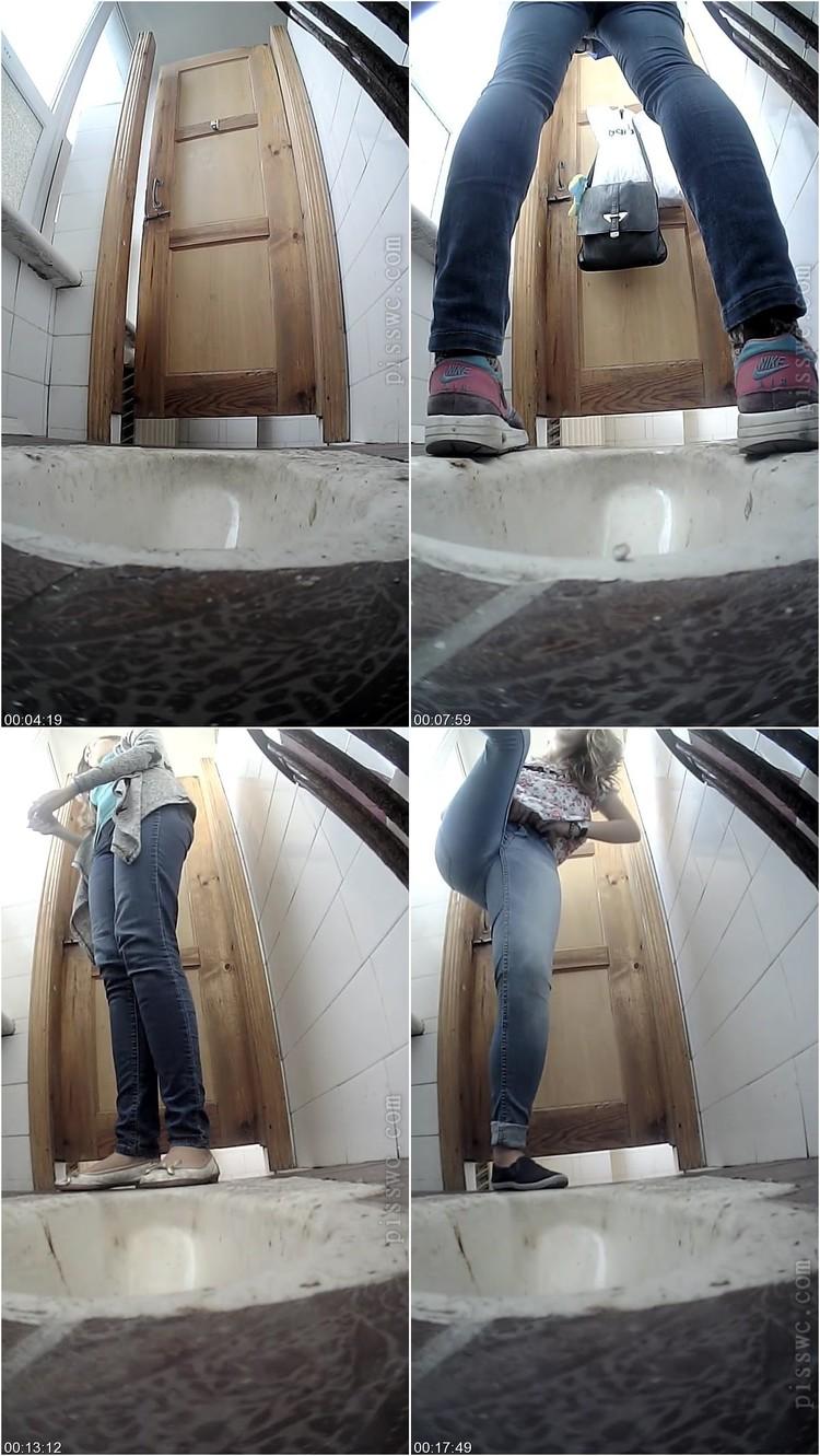 [Image: Hidden_cam_behind_the_toilet2.avi.111_l.jpg]