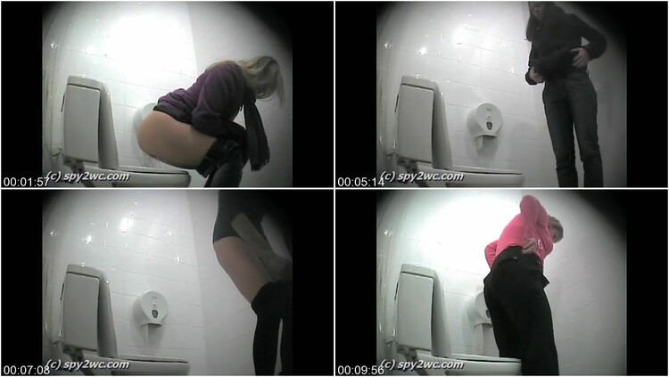 [Image: Hidden_cam_on_the_side_of_the_toilet2.mp4.111_l.jpg]