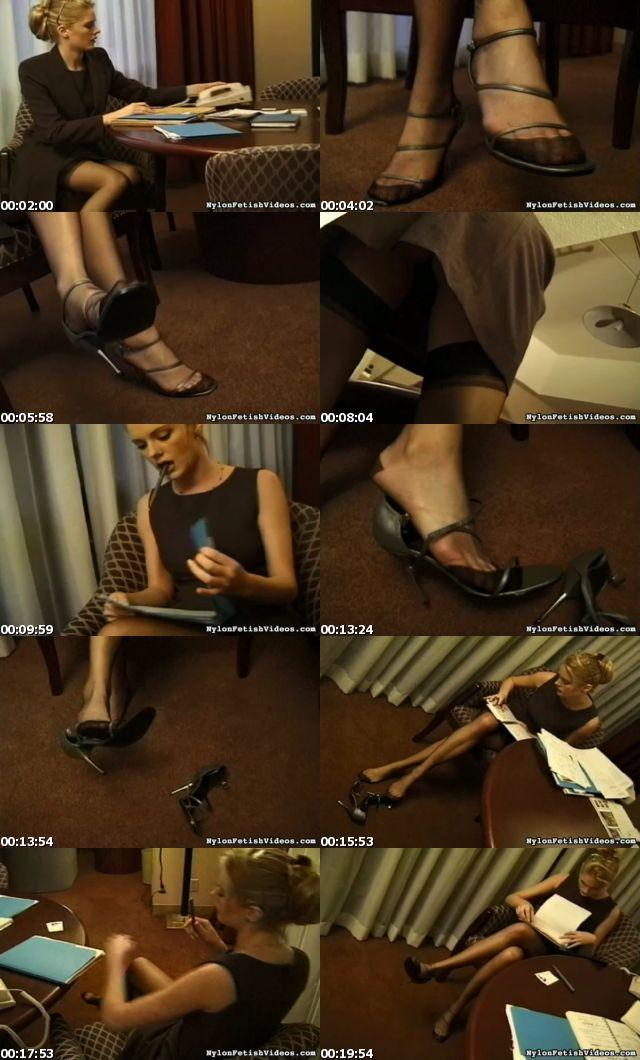 stockings_sexy_ladies_5222_s.jpg