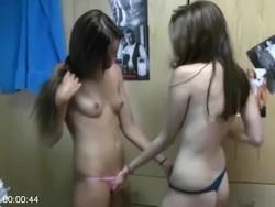 [Image: Tiny_Pussy_Teen_152_s.jpg]