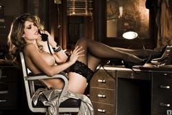 Tara_Moss_Nude__Sexy_29_Photos_10_s.jpg