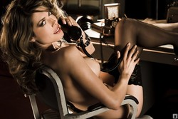 Tara_Moss_Nude__Sexy_29_Photos_11_s.jpg