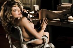 Tara_Moss_Nude__Sexy_29_Photos_12_s.jpg