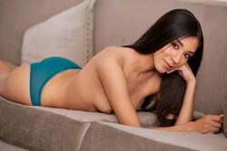 Victoria_Antoinette_Nude__Sexy_34_Photos_10_s.jpg