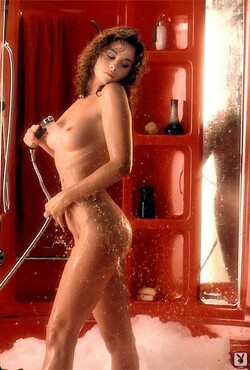 Barbara_Edwards_Nude__Sexy_69_Photos_13_s.jpg