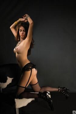 Paola_Delgadillo_Nude__Sexy_11_s.jpg