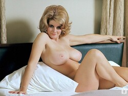 Rosemarie_Hillcrest_Nude__Sexy_14_s.jpg