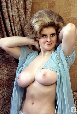 Rosemarie_Hillcrest_Nude__Sexy_11_s.jpg