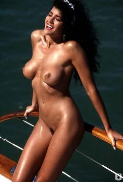 Samantha_Dorman_Nude__Sexy_56_Photos_10_s.jpg
