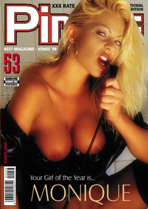 Private_Magazine_Pirate_053_m.jpg